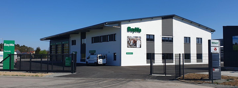 Neue BayWa-Werkstätte in Schwarzenfeld geht in Betrieb