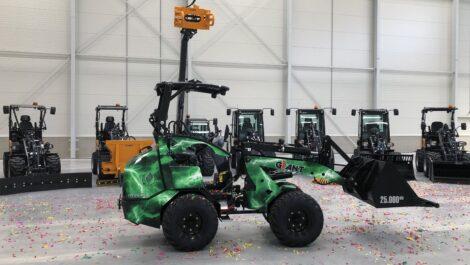 Tobroco-Giant baut die 25 000ste Maschine