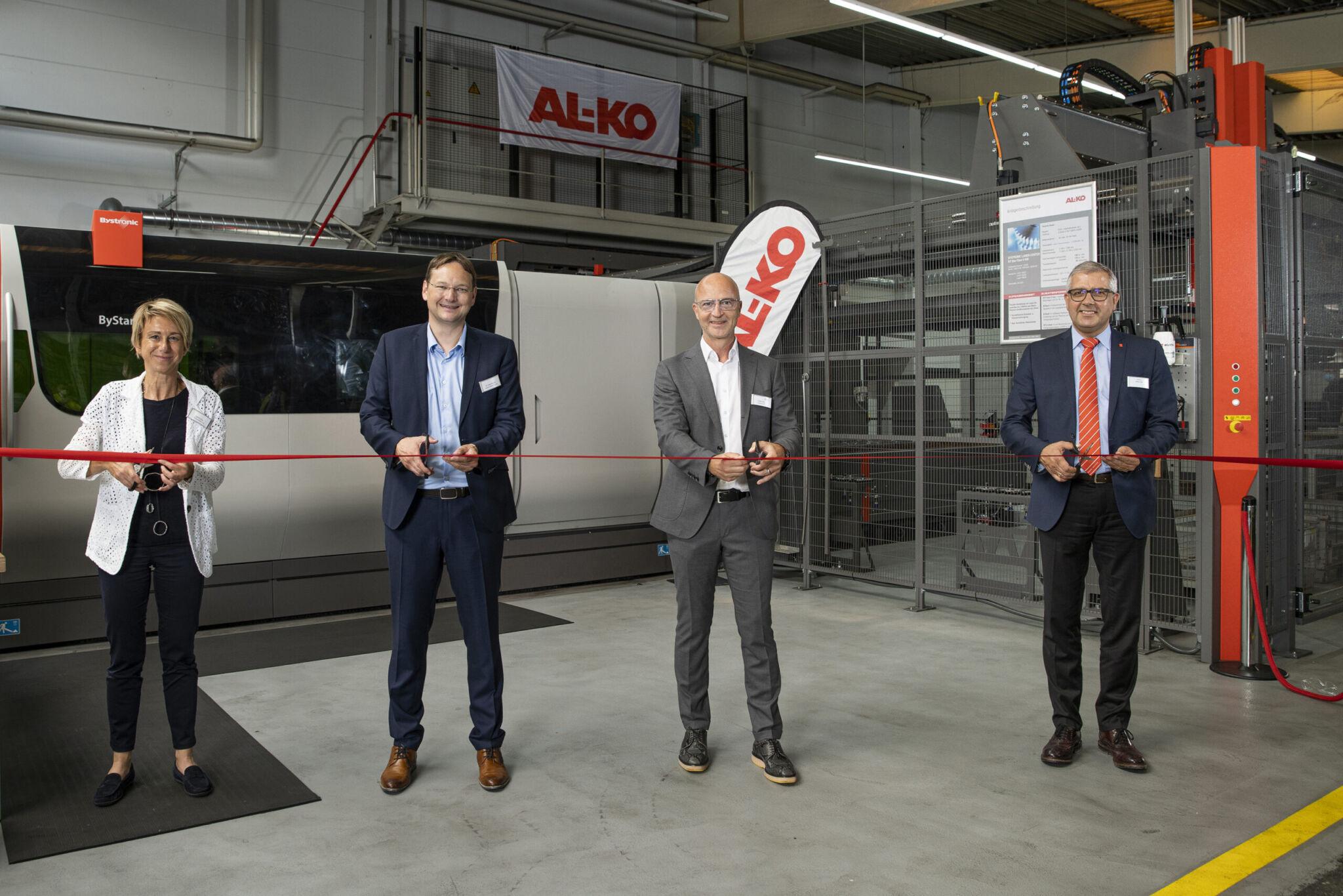 Al-Ko Eröffnung Laserschnaeidanlage in Kötz|copyright: Werkbild