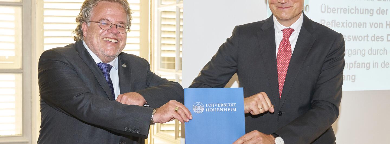 Uni Hohenheim verleiht Ehrendoktor an Markwart von Pentz