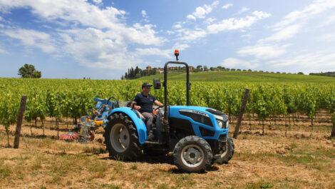 Landini stellt Stage-V-Schlepper für Weinberge und Obstgärten vor