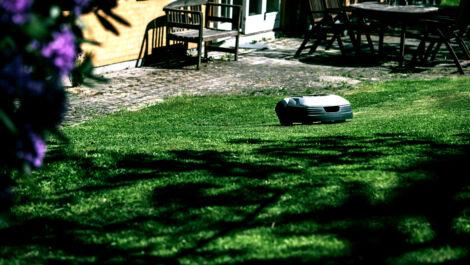 Witterungsunabhängiger Robotermäher