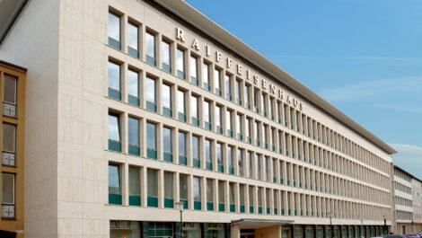 Raiffeisen Waren GmbH beteiligt sich an BartsParts B.V.