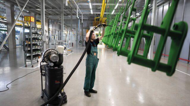 Ruwac-Sauger in der Landmaschinenproduktion der Amazonen-Werke