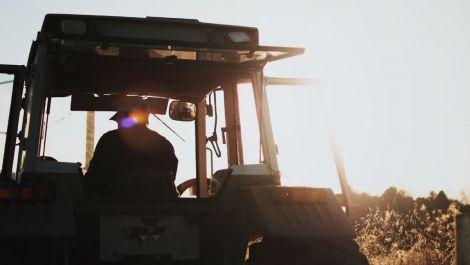 Konjunkturumfrage Land- & Baumaschinen: Viertes Quartal 2020 positiv verlaufen