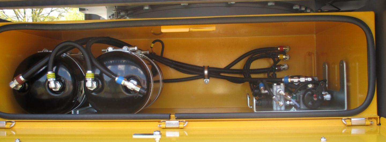 Tietjen: Mobilbagger mit Druckluft‐Bremsanlage