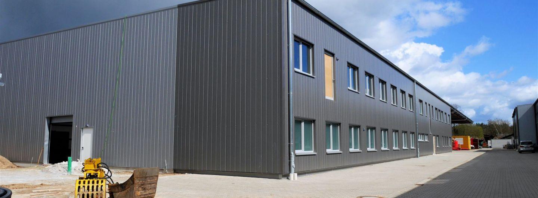 Vogelsang errichtet neue Montagehalle