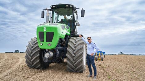Auga-Gruppe stellt Hybrid-Traktor vor