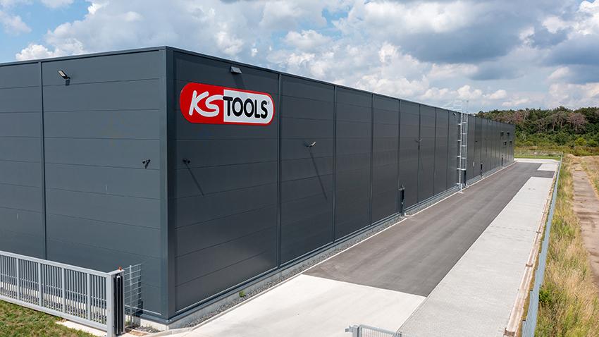 KS Tools erweitert seine Lagerfläche